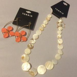 Nwt Torrid Jewelry Set Ivory shell round Disk